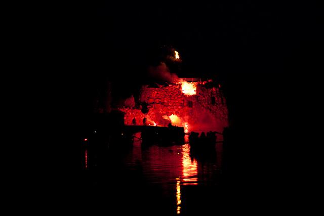 Vulkanausbrauch auf der Insel Stein